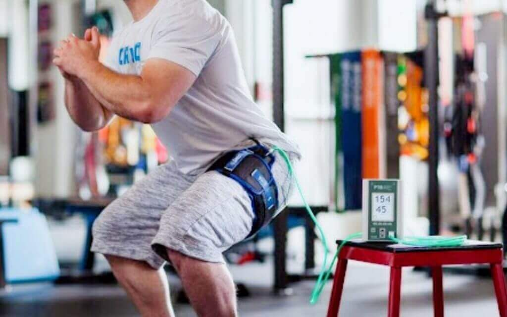 blood flow restriction training with squats